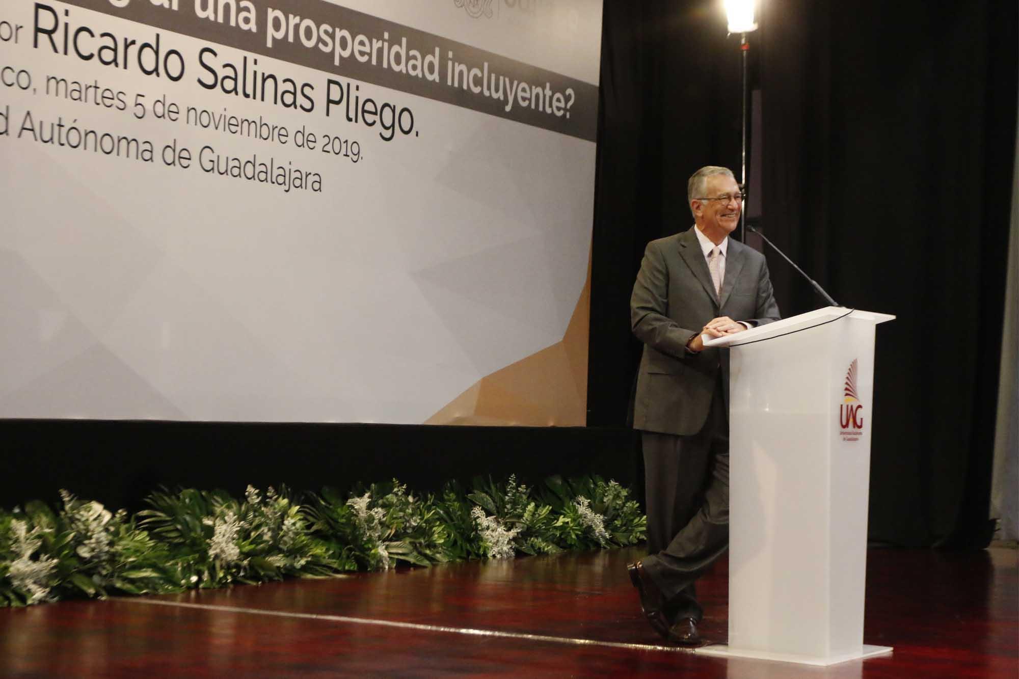 Salinas Pliego 051119