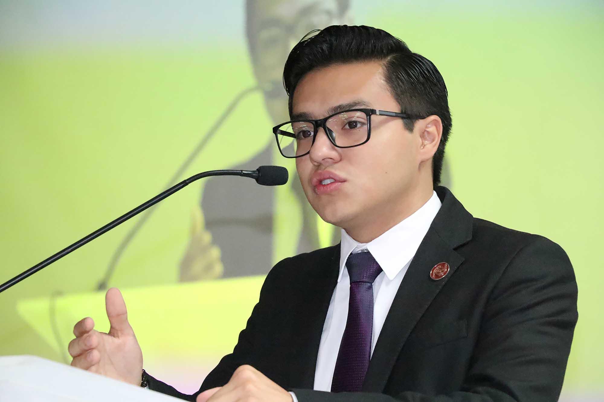 Edgar Reyes 110521