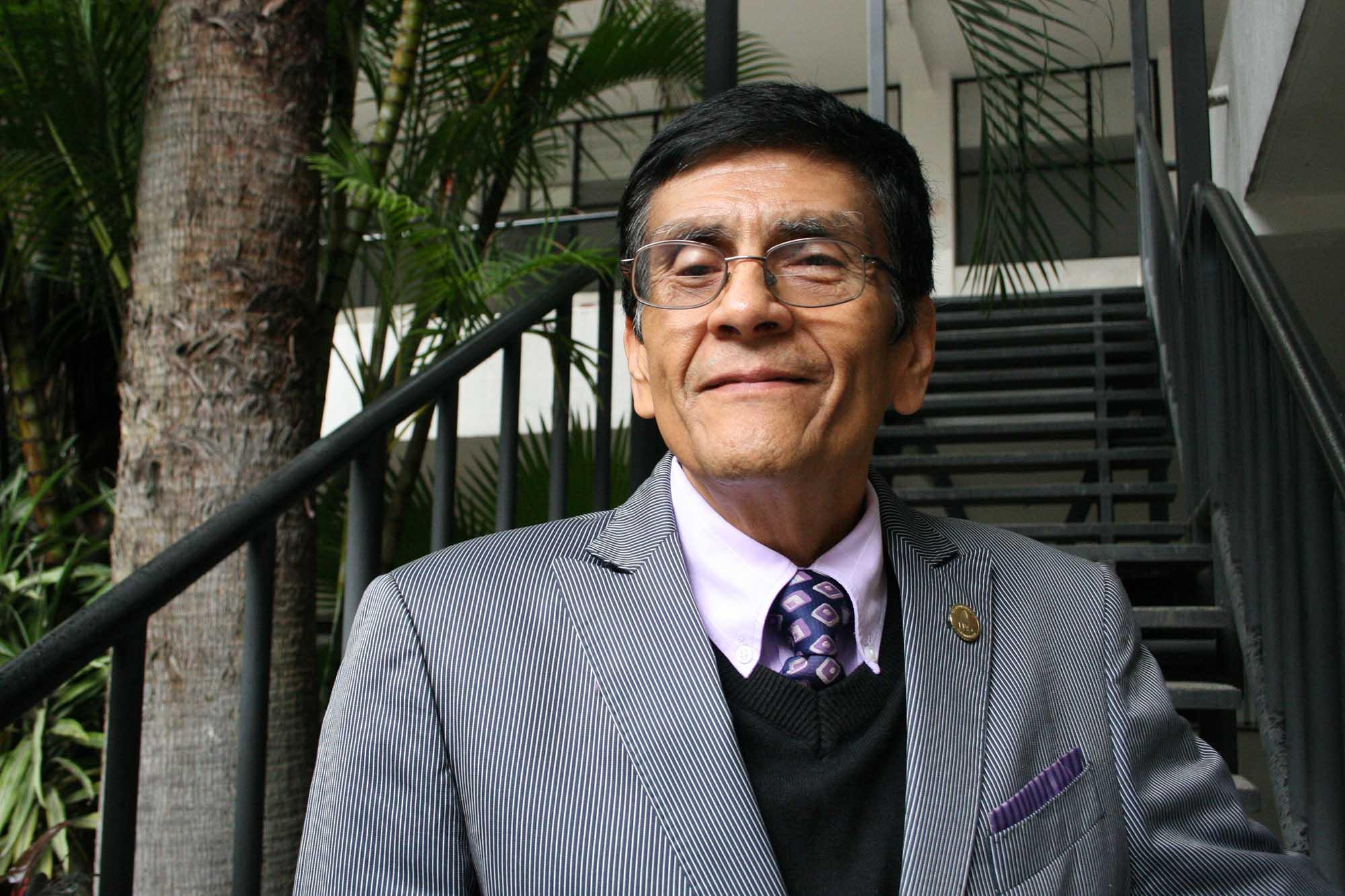 Dr. Nodal
