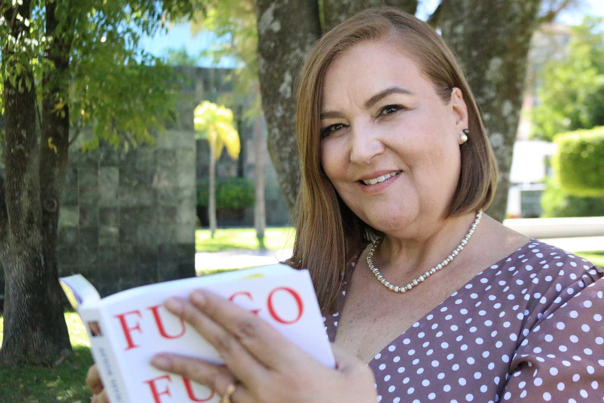Bertha Rivas es profesora de Comunicación