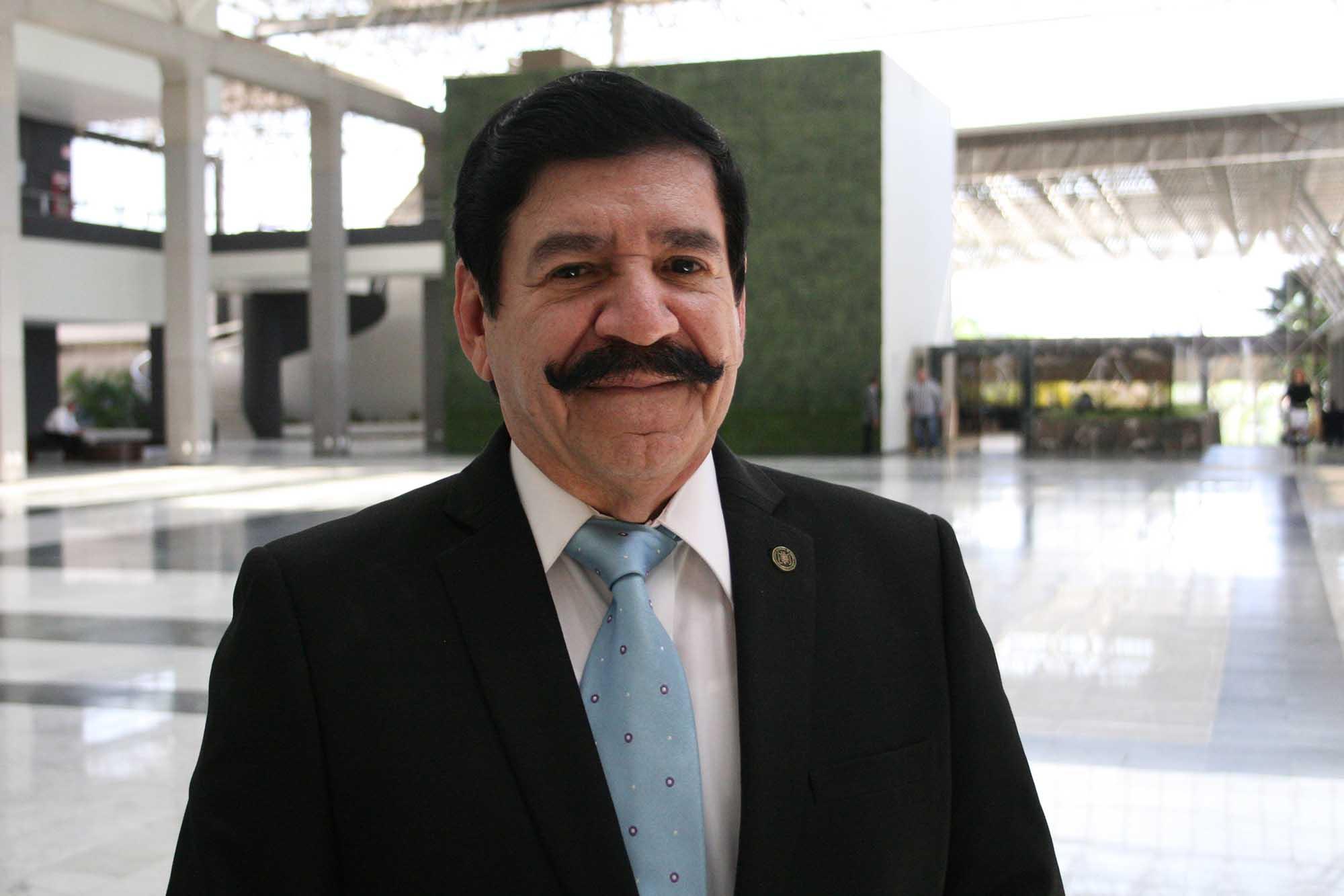 Dr. Gonzalo Milán Gil